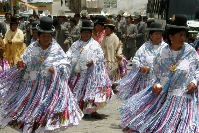 Copacabana Boliwia tańce uliczne